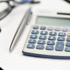 BTW verhogen tijdens recessie om bezuinigingen te vermijden!